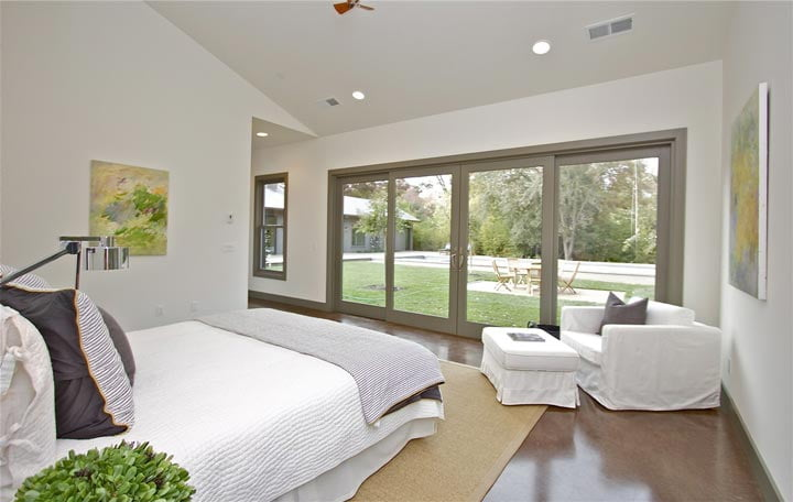 The immaculate bed room with a perfect mixture of comfort and style