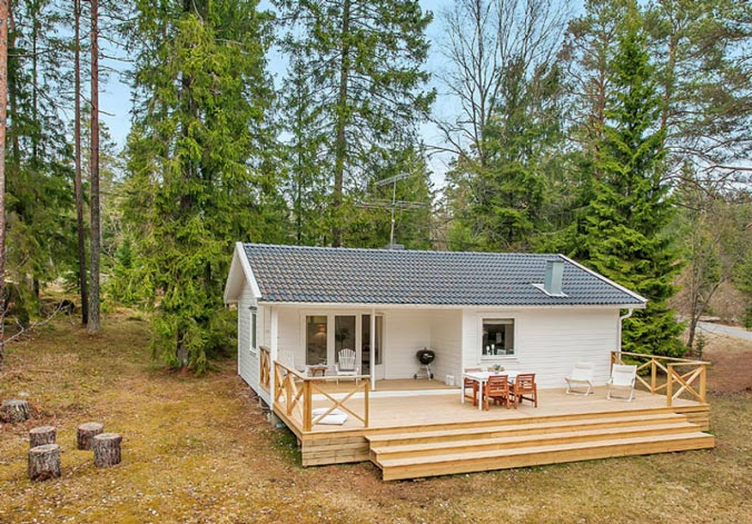 With its quaint design, the cottage gives off a very soothing impression even on a furtive glance