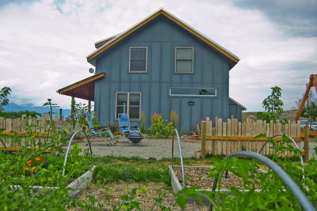 Awesome Metal Farmhouse Built By One Man Crew 9 Hq