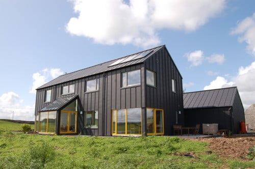 Metal Farmhouse W Detached Garage Guest Living Quarters