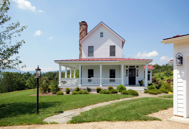 Classic virginia farmhouse w lovely interior 10 hq for Virginia farmhouse plans