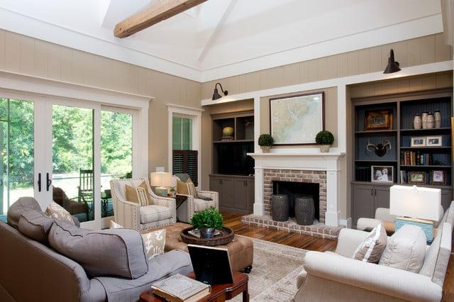 Roomy and elegant setting.