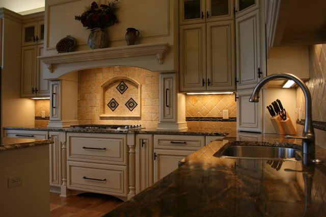 The kitchen area is freshly designed with jutter elegance in mind