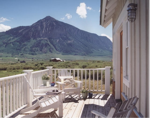 Soak in the sun on this balcony, all year round!