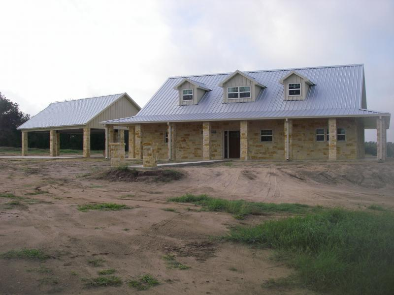 Steel frame homes w limestone exterior more 10 hq for Metal building house ideas