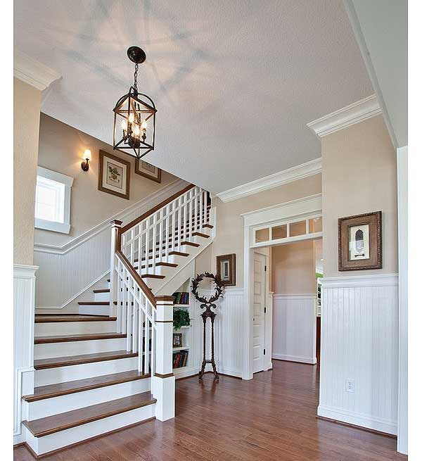 wide stairs leading to the bonus room