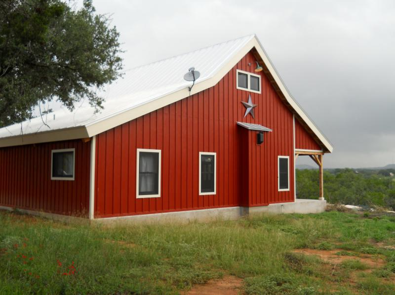 Metal Barn Homes >> Country Barn Home Kit W Open Porch 9 Pictures Metal Building Homes