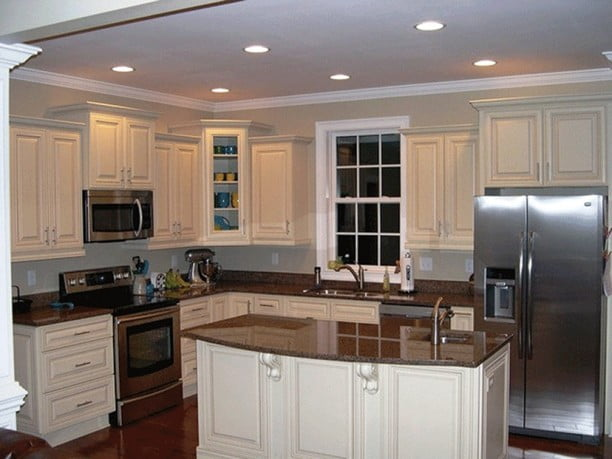 Clean and wide kitchen is recommended for a more convenient cooking.