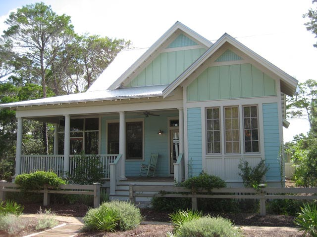 Southern Style Country Cottage House w Covered Porch HQ