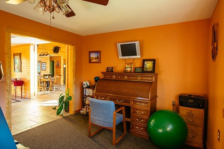 A dainty piano area
