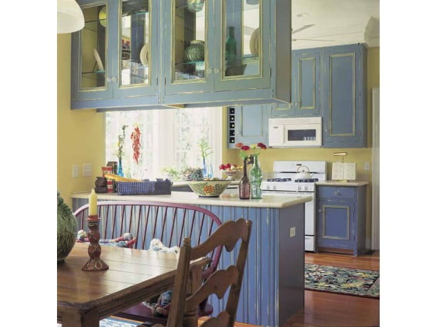 This amazing and homey kitchen will surely produce hearty meals.