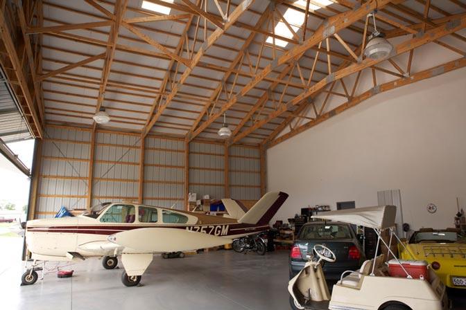 Metal Building Hangar W Living Quarters Hq Pictures
