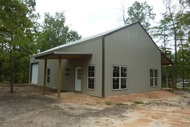 A Simple Exterior Of The Metal Pole Barn Home