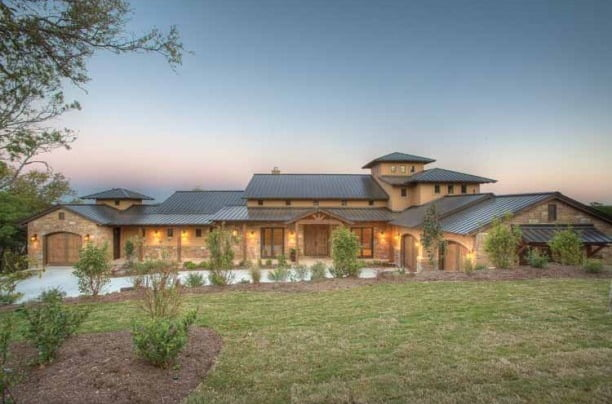 Award winning prairie ranch house w wrap around porch hq for Texas hill country house plans