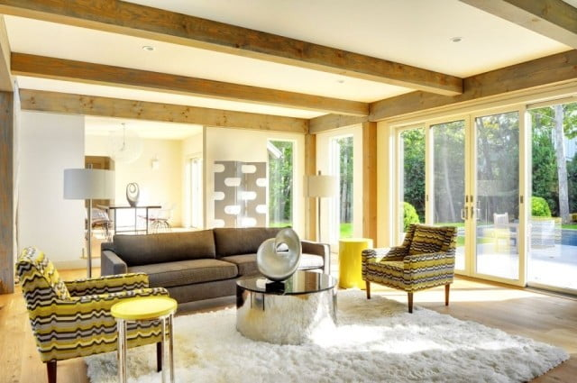 A glimpse at the dainty interior