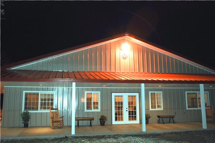 Impressive metal barndominium home w abundant storage 24 for View floor plans for metal homes