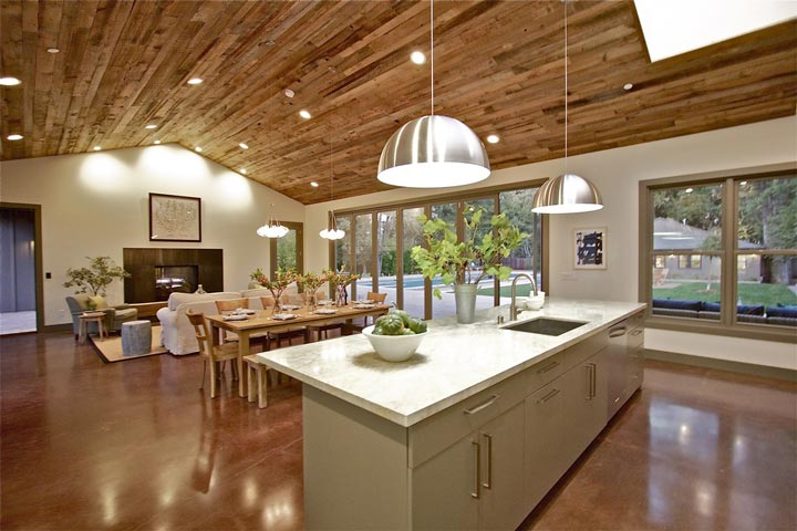 A Highly Irresistible Dining Area With Jeweled Layout